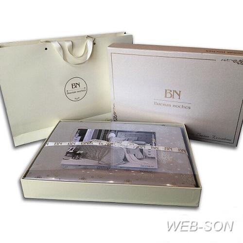 Подарочная упаковка и чемодан комплекта постельного белья сатин с жаккардом.
